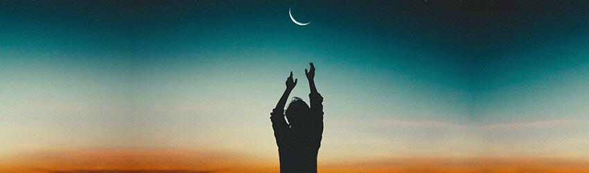 Photo of Haga realidad sus deseos bajo la luna nueva en Acuario