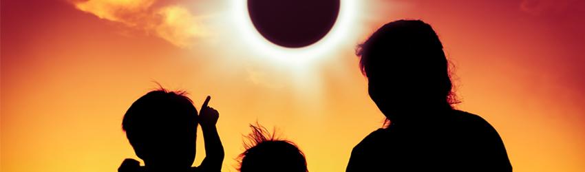 Photo of Luna Nueva en Capricornio Horóscopos de Eclipse de Sol para Lanzar Comienzos Épicos